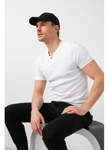 Buratti Buratti V Yaka Erkek T-Shirt 5902122 Beyaz